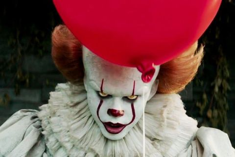 Clown, Performing arts, Animation, Smile, Costume, Fictional character,