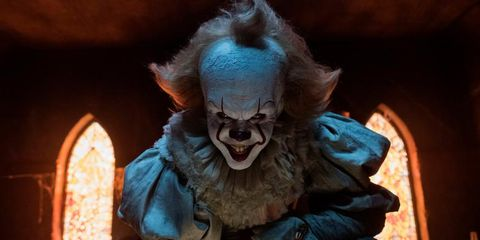 Clown, Performing arts, Costume, Demon, Fictional character, Smile, Animation, Action figure, Mask, Performance,