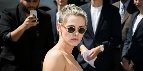 Eyewear, Hairstyle, Sunglasses, Glasses, Fashion, Suit, Event, Vision care, Red carpet, Premiere,