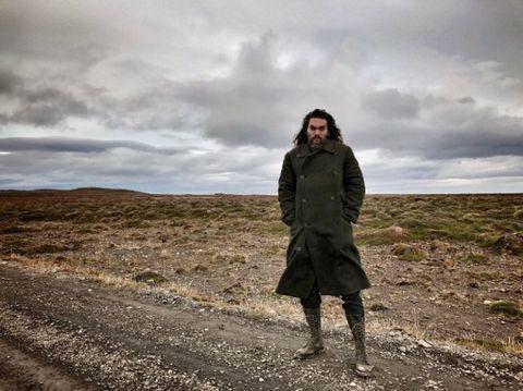 Sleeve, Cloud, Coat, Jacket, Khaki, Cumulus, Flash photography, Street fashion, Overcoat, Meteorological phenomenon,
