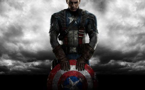 Fictional character, Superhero, Armour, Avengers, Hero, Carmine, Toy, Costume, Batman, Breastplate,