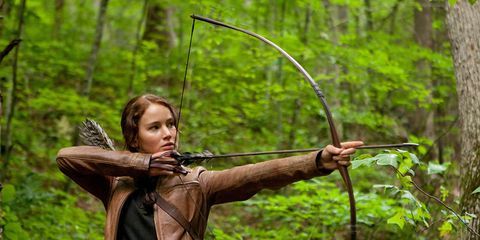 Bow and arrow, Natural environment, Bow, Arrow, Forest, Field archery, People in nature, Outdoor recreation, Archery, Target archery,
