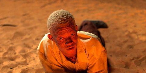 Sand, People in nature, Adaptation, Mud, Aeolian landform, Desert, Flesh,