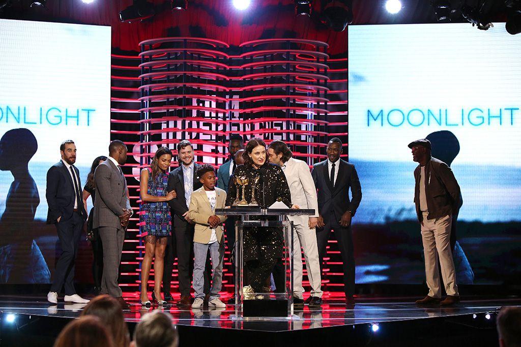 'Moonlight' domina los Independent Spirit Awards un día antes de los Oscar