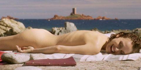 Natalie Portman Aparece Completamente Desnuda En Planetarium