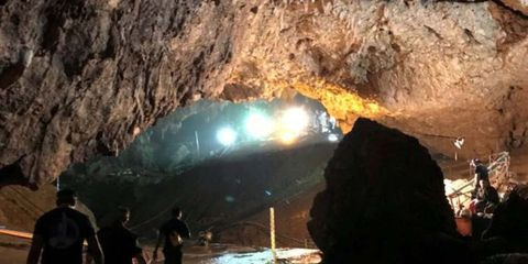 Cave, Formation, Caving, Rock, Sea cave, Geology, Recreation, Geological phenomenon, Coastal and oceanic landforms, Coasteering,