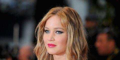 Lip, Cheek, Hairstyle, Chin, Eyelash, Eyebrow, Eye shadow, Beauty, Brown hair, Blond,