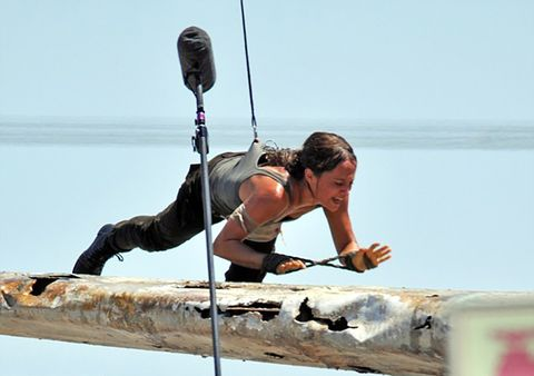 Elbow, Outdoor recreation, Rope, Adventure, Boats and boating--Equipment and supplies, Outdoor shoe, Balance, Paddle,