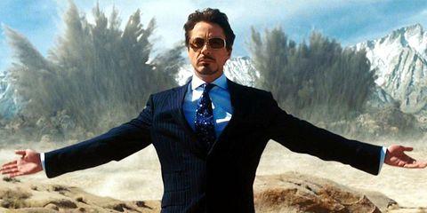 Suit, Formal wear, Tuxedo, Photography, Cool, Outerwear, Businessperson, Selfie, Eyewear, Gesture,