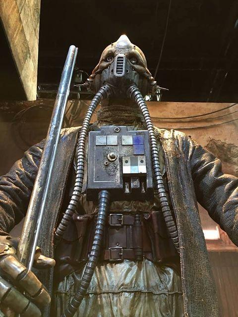 Space, Fictional character, Machine gun, Supervillain, Digital compositing, Armour, Leather, Action figure,