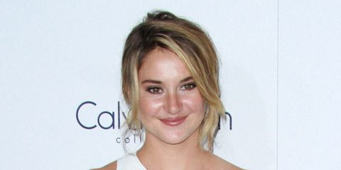 Eye, Hairstyle, Chin, Forehead, Shoulder, Eyebrow, Joint, Eyelash, Style, Jaw,