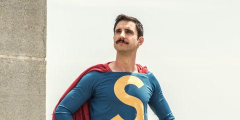 Sleeve, Human body, Shoulder, Standing, Electric blue, Azure, Fictional character, Superhero, Cobalt blue, Waist,