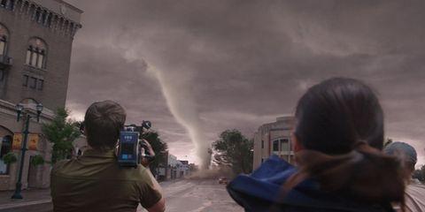 Daytime, Atmospheric phenomenon, Storm, World, Photography, Tornado, Pollution, Camera operator, Meteorological phenomenon, Video camera,