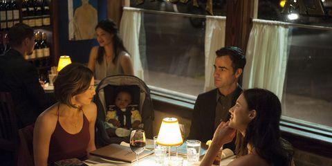 Lighting, Tablecloth, Table, Tableware, Glass, Drinkware, Restaurant, Sharing, Stemware, Wine glass,