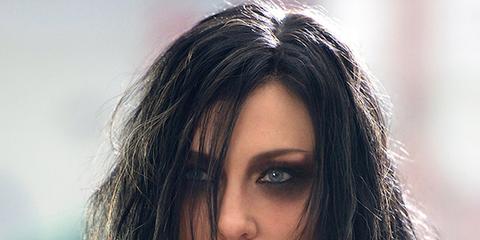 Hair, Face, Hairstyle, Eyebrow, Beauty, Lip, Long hair, Black hair, Head, Chin,