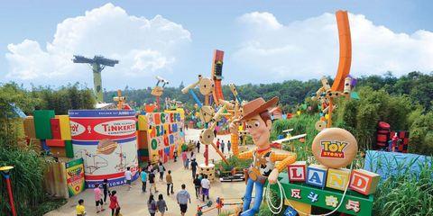 Amusement park, Fun, Water park, Park, Recreation, Leisure, Tourism, Nonbuilding structure, Tourist attraction, Playground,