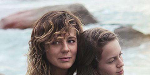 Hair, Hairstyle, Surfer hair, Long hair, Beauty, Friendship, Blond, Brown hair, Fun, Feathered hair,