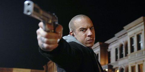 Gun, Firearm, Revolver, Shooting, Gun barrel, Air gun, Gunfighter, Shotgun, Shooting sport, Trigger,