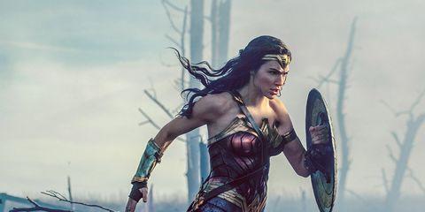 Cg artwork, Fictional character, Mythology, Illustration, Black hair, Screenshot, Wonder Woman, Fiction, Massively multiplayer online role-playing game, Games,