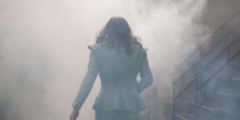 Sleeve, Human body, Standing, Atmospheric phenomenon, Smoke, Back, Mist, Fog, Haze, Waist,