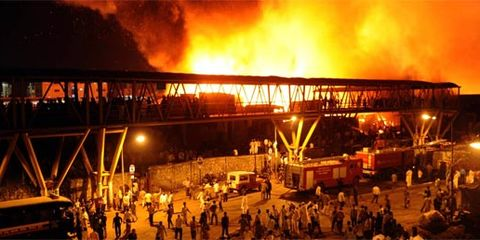 Crowd, Pollution, Emergency service, Fire, Service, Smoke, Emergency, Heat, Flame, Wildfire,