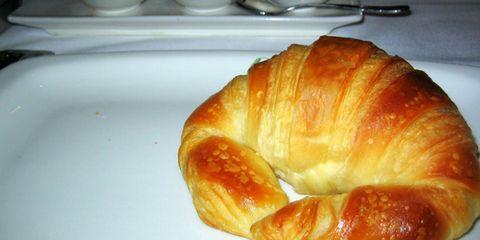 Food, Cuisine, Baked goods, Ingredient, Dishware, Bread, Ceramic, Snack, Porcelain, Dish,
