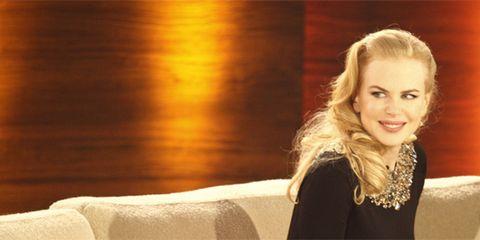 Hair, Hairstyle, Eyebrow, Amber, Jewellery, Comfort, Beauty, Long hair, Blond, Brown hair,