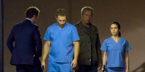 Dress shirt, Sleeve, Human body, Collar, Standing, Suit trousers, Denim, Blazer, Electric blue, Cobalt blue,