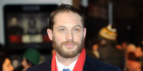 Coat, Hairstyle, Dress shirt, Collar, Facial hair, Forehead, Eyebrow, Suit, Outerwear, Formal wear,