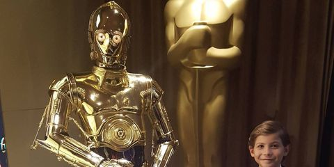 Fictional character, R2-d2, Standing, Technology, Machine, C-3po, Robot, Cobalt blue, Flag,