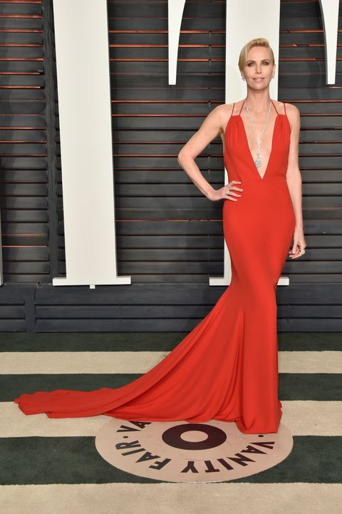 Clothing, Dress, Shoulder, Red, Formal wear, Style, Gown, One-piece garment, Fashion, Neck,