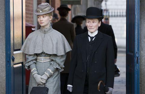 Coat, Hat, Collar, Outerwear, Suit, Style, Headgear, Fashion, Blazer, Street fashion,