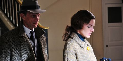 Clothing, Hat, Coat, Collar, Outerwear, Style, Suit, Formal wear, Blazer, Dress shirt,