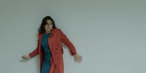 Sleeve, Collar, Shoulder, Standing, Joint, Coat, Blazer, Suit trousers, Gesture, Button,