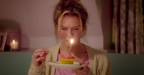 Lighting, Hairstyle, Birthday candle, Sweetness, Cake, Dessert, Jaw, Candle, Baked goods, Eyelash,
