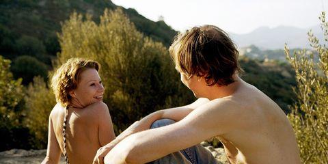 Leg, Human body, Jeans, People in nature, Summer, Denim, Leisure, Elbow, Sitting, Sunlight,