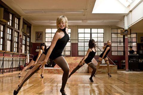 Leg, Human leg, Joint, Performing arts, Physical fitness, Flooring, Knee, Hardwood, Thigh, Dancer,
