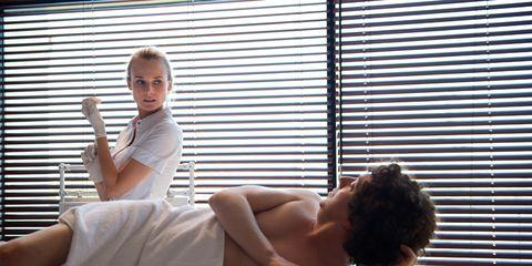 Comfort, Shoulder, Elbow, Sitting, Window covering, Interior design, Window treatment, Window blind, Back, Muscle,