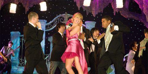 Entertainment, Event, Performing arts, Performance, Suit, Dancer, Stage, Musical ensemble, Dance, Public event,