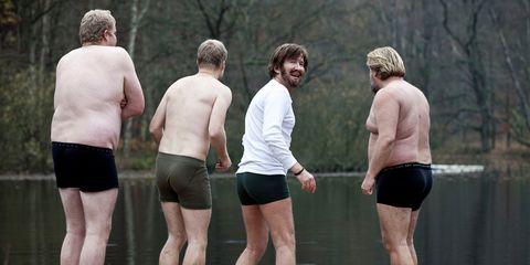 Human, Human body, Human leg, People in nature, Barechested, Shorts, Muscle, Back, Trunks, Bermuda shorts,