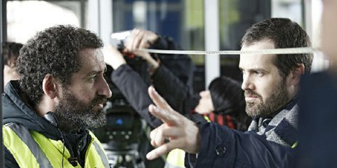 Facial hair, Hairstyle, Product, Hand, Beard, Moustache, Gesture, Conversation, High-visibility clothing,