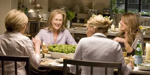 Hair, Lighting, Whole food, Leaf vegetable, Produce, Blond, Conversation, Houseplant, Layered hair, Natural foods,