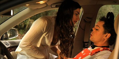 Automotive mirror, Vehicle door, Interaction, Black hair, Comfort, Car seat, Head restraint, Service, Luxury vehicle, Conversation,