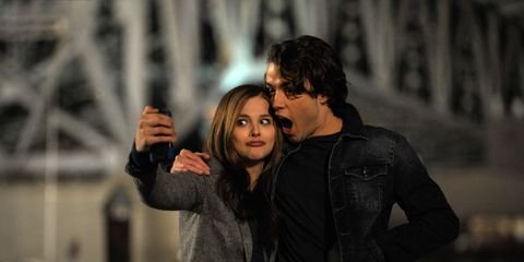 Interaction, Romance, Gesture, Leather, Love, Leather jacket, Scene, Step cutting, Honeymoon, Acting,