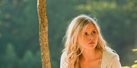 Lip, Hairstyle, People in nature, Summer, Beauty, Sunlight, Long hair, Street fashion, Blond, Brown hair,