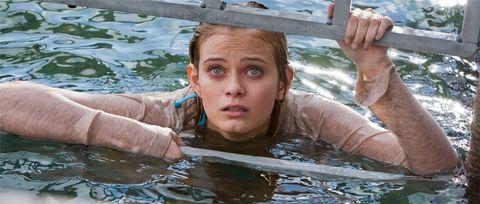 Fluid, Liquid, Water, Summer, Bathing, Muscle, Brown hair, Drop, Swimming pool, Swimming,