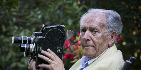 Photograph, Photographer, Camera operator, Videographer, Botany, Photography, Cameras & optics, Cinematographer, Camera, Journalist,