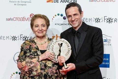 Award, Fashion, Event, Award ceremony, Smile,