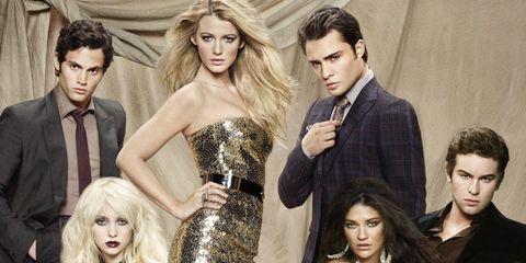Fashion model, Fashion, Dress, Beauty, Photo shoot, Model, Fashion design, Fun, Shoulder, Human,