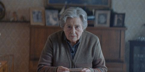 Wrinkle, Sweater, Picture frame, Portrait photography, Portrait, Shelf,